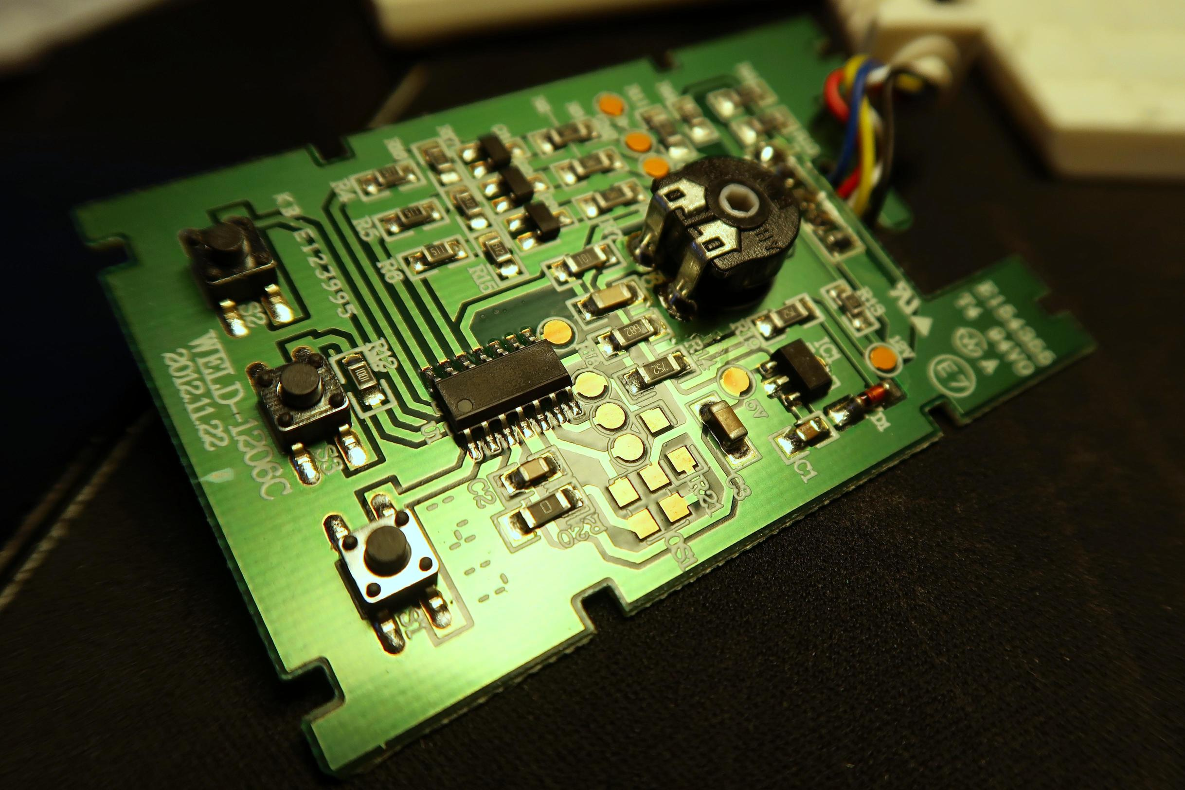 The Lys Led Controller Rgb With Pic12f675
